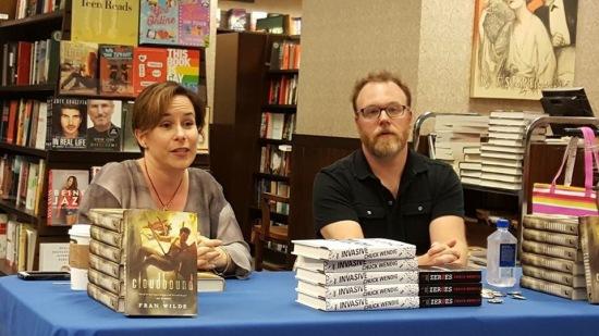 Fran Wilde & Chuck Wendig at Barnes & Noble Rittenhouse Square - photo credit, Carmen Machado